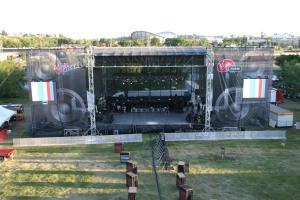 Mega-Stage 70 X 52 Mobile Stage